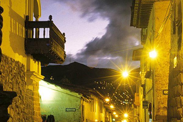 Callejuela en el Centro Histórico de Cusco