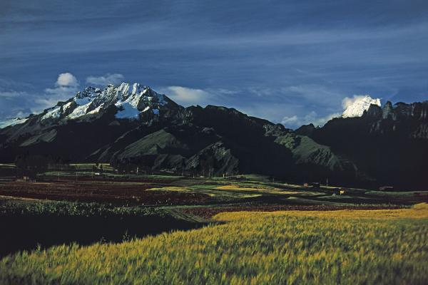 Cadena montañosa de Vilcabamba, Valle Sagrado. Cusco