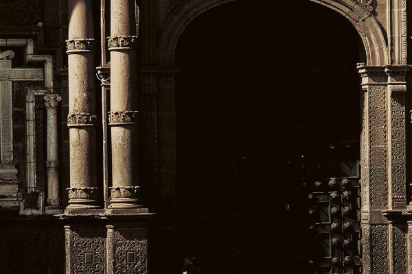 Portada de la Catedral Basílica de la Virgen de la Asunción - Cusco